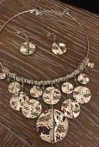 Stunning Hammered silver choker & earrings